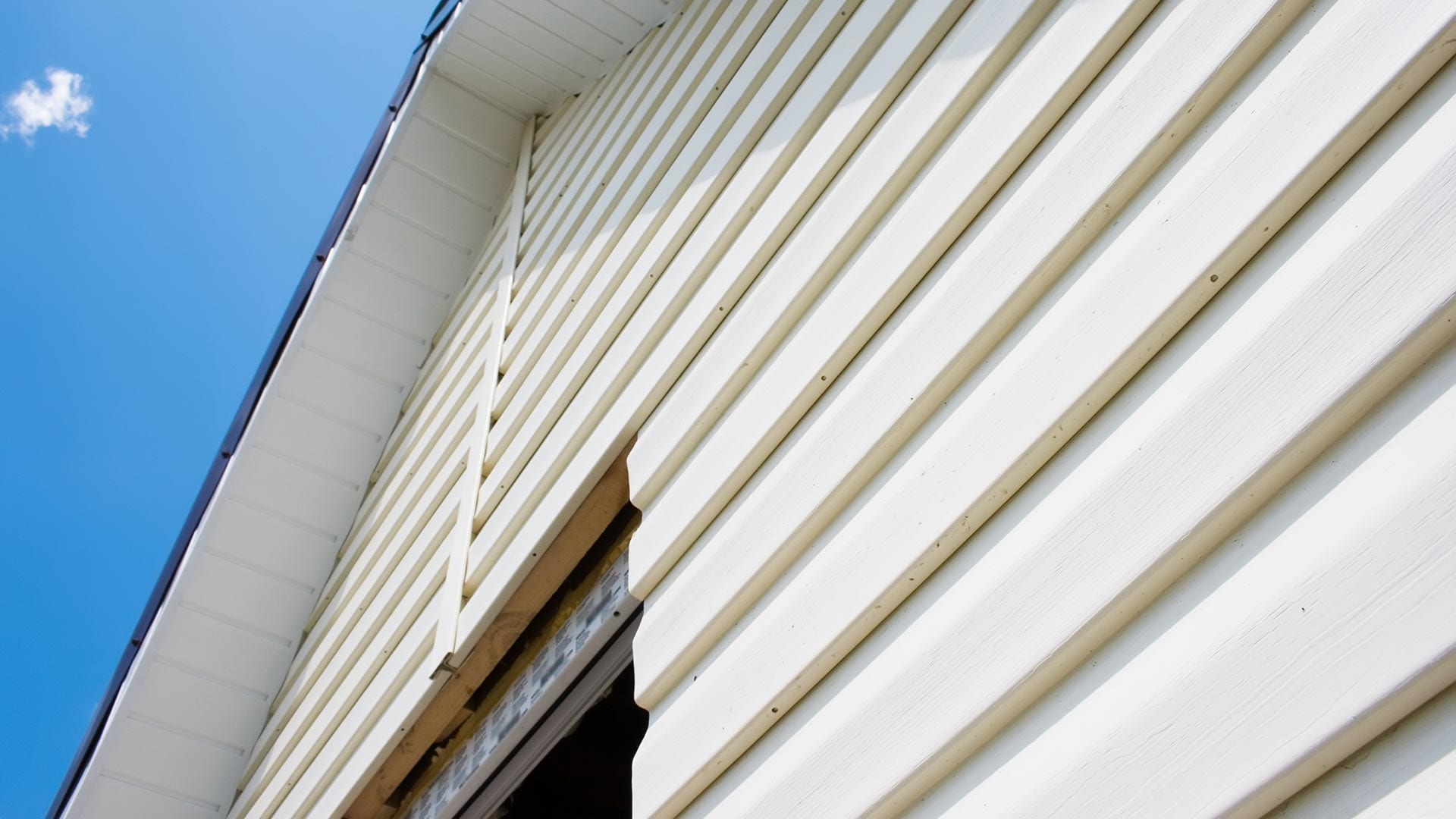 Siding Contractors in Holly Springs NC